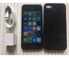 DETALLE MINIMO DE GLASS y DESGASTE DE CARCASA  se vende iPhone 5 de 16GB negro esta LIBERADO de FABR