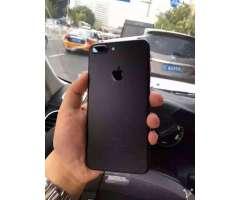 iPhone 7 Plus en Caja Semi Nuevo