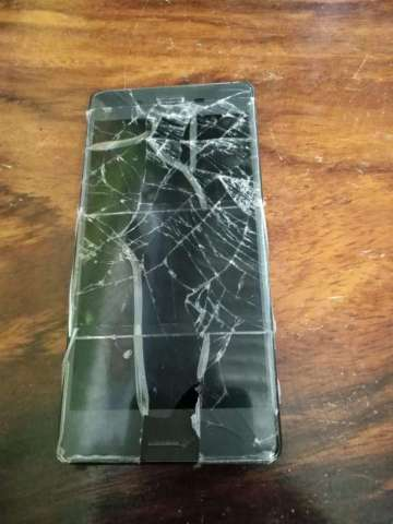 Teléfono Xperia X a Reparar Pantalla