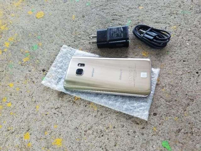 Vendo Samsung Galaxy S7 Flat Dorado