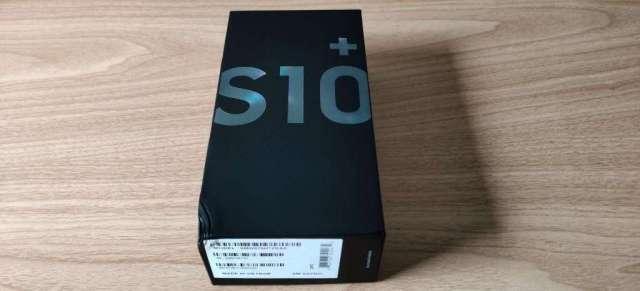 Samsung galaxy s10 plus prism black , 8GB ram, 128 GB almacenamiento, sellado a estrenar