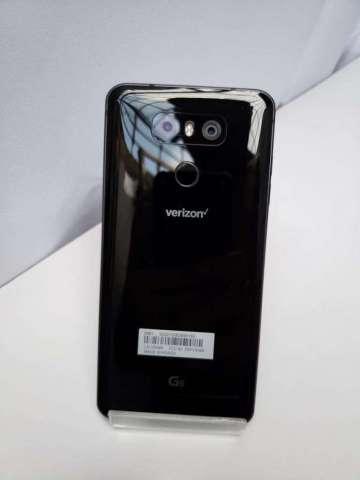 LG G6 en excelente estado con  4G de ram y 32GB, internos con cargador rápido liberado